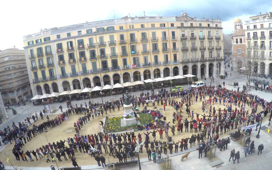 8 de març: BALLEM PER TOTES8 de març - 11:45pl independència, Girona